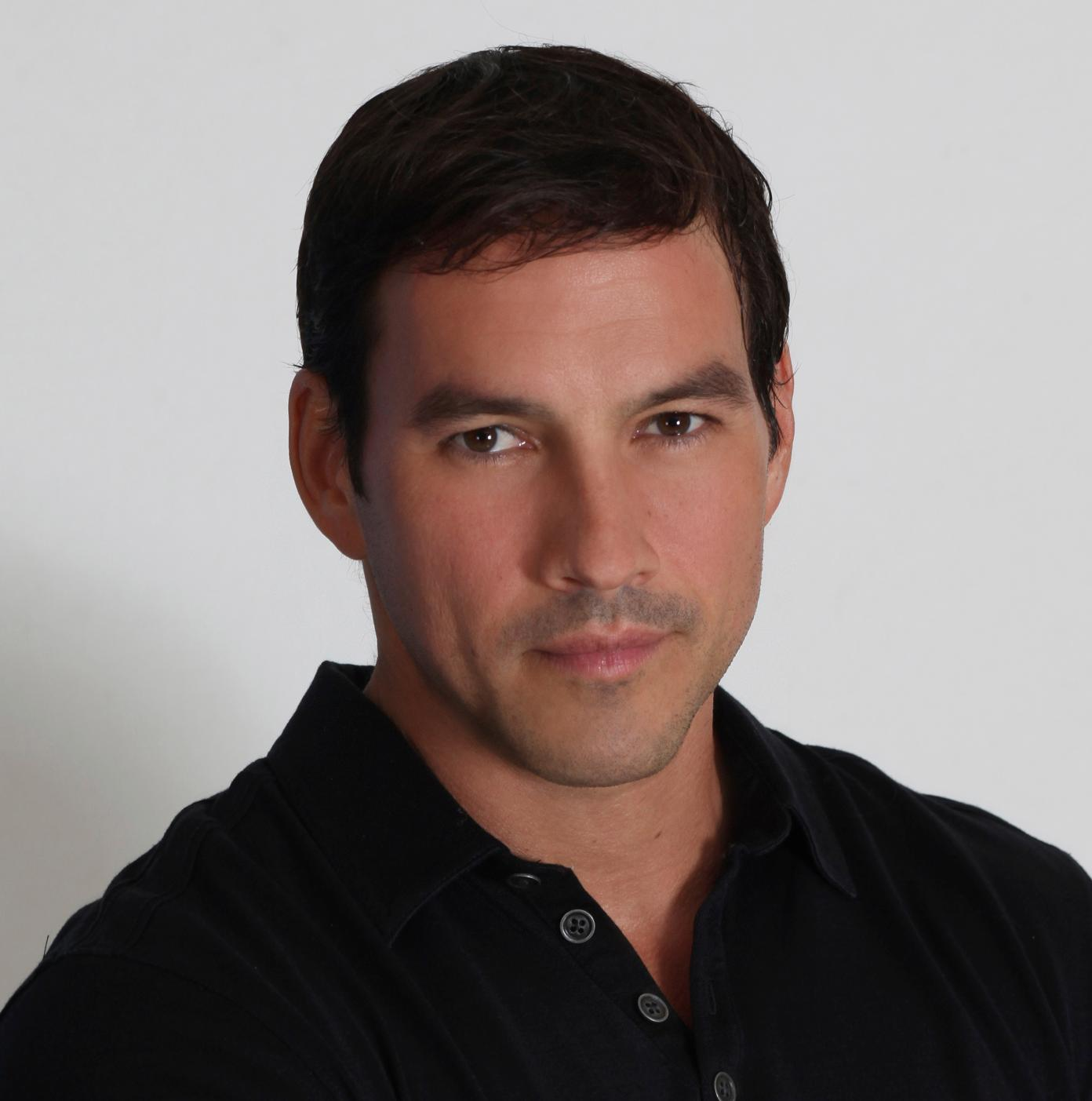 how tall is tyler christopher